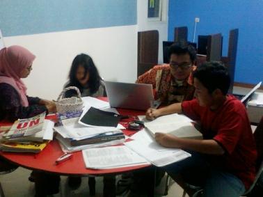 Ruang Komputer dan Belajar Kelompok