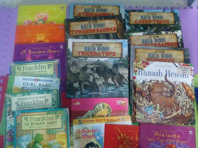 Berikut adalah contoh buku cerita yang digunakan saat terapi. Tema disesuaikan dengan kondisi dan permasalahan anak