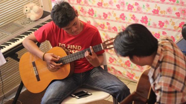 Terapi Musik4